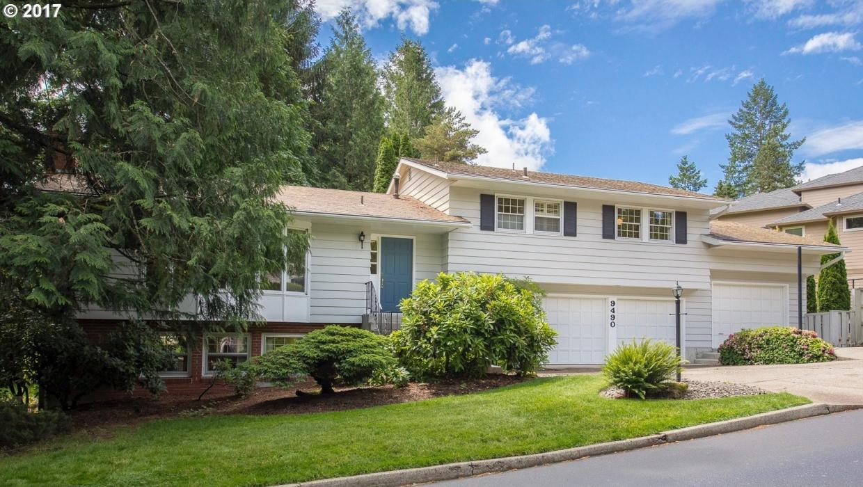 9490 SW Imperial Dr, Portland, OR 97225