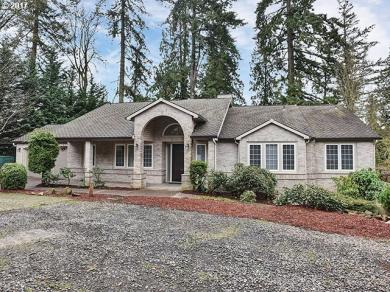 14490 SE Oregon Trail Dr, Clackamas, OR 97015