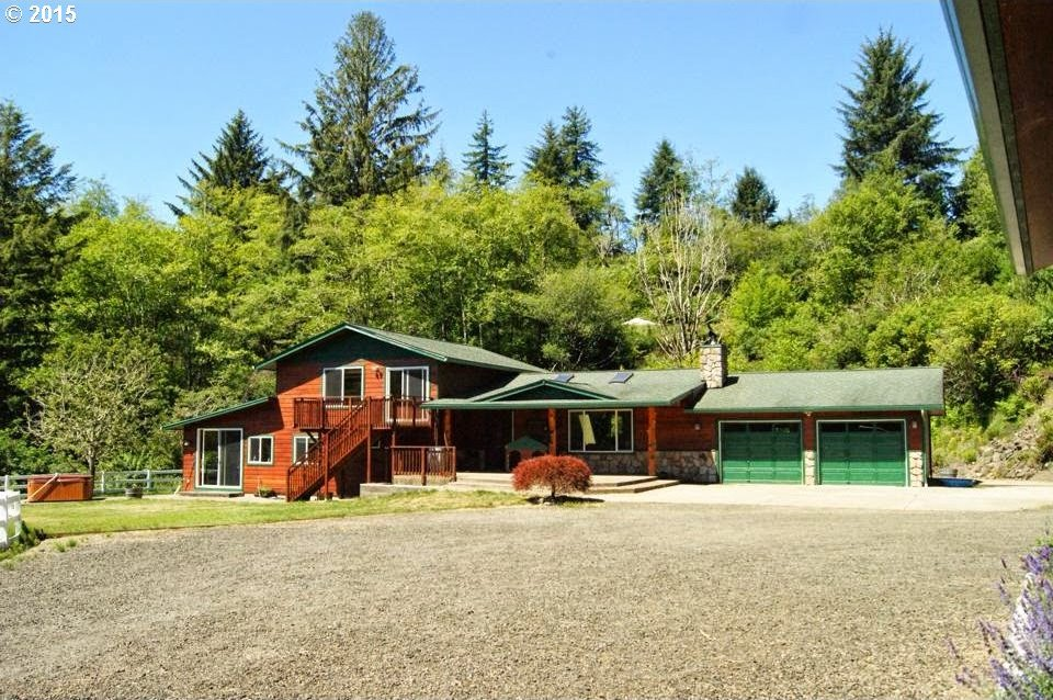 89749 Ben Bunch Rd, Florence, OR 97439