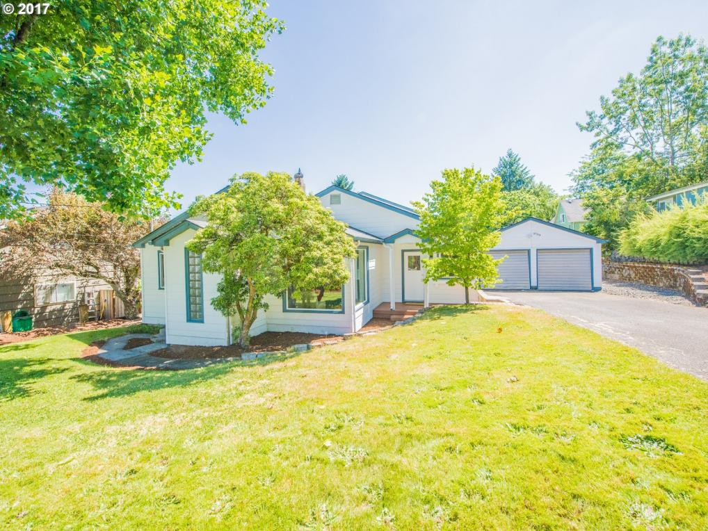 9704 SW 50th Ave, Portland, OR 97219