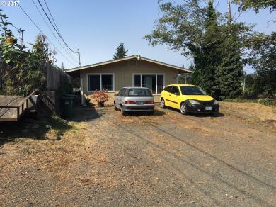 421 7th Ave, Coos Bay, OR 97420