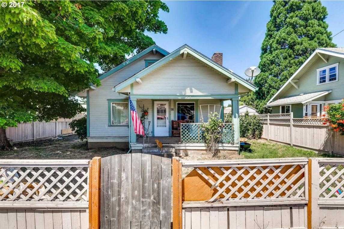 413 High St, Silverton, OR 97381