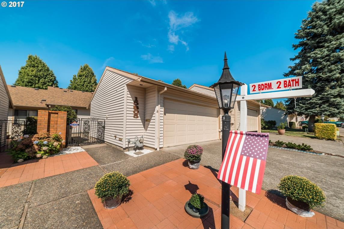 15805 SW Greens Way, Tigard, OR 97224