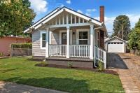 7915 SE Yamhill St, Portland, OR 97215
