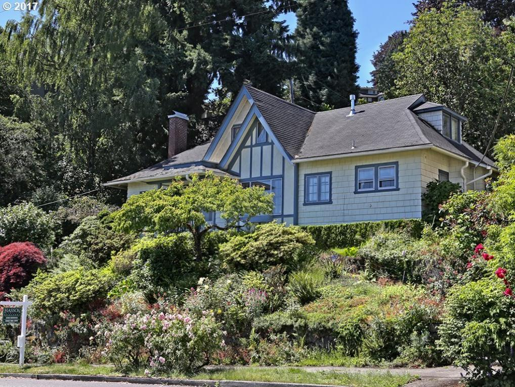 2820 NW Cornell Rd, Portland, OR 97210