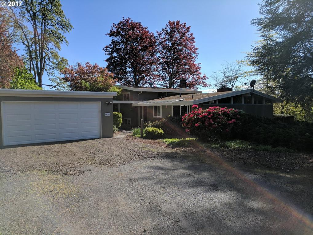 1608 18th Ave, Forest Grove, OR 97116
