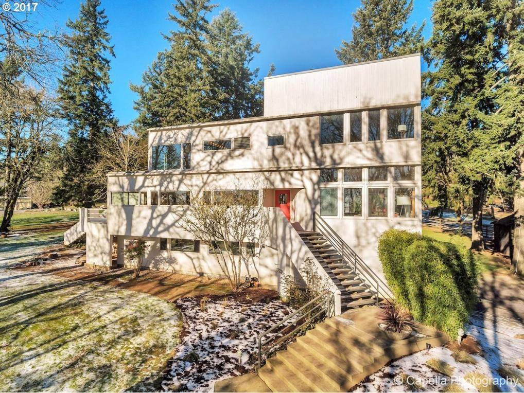 29355 SW Petes Mountain Rd, West Linn, OR 97068