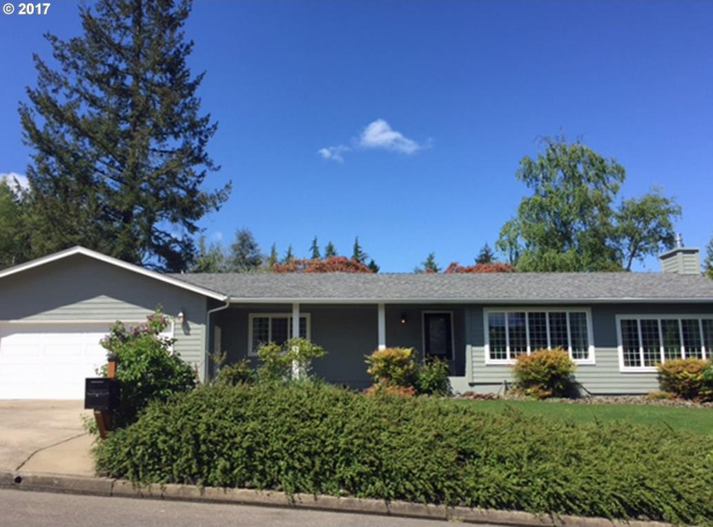 2030 NW Witherspoon Ave, Roseburg, OR 97471