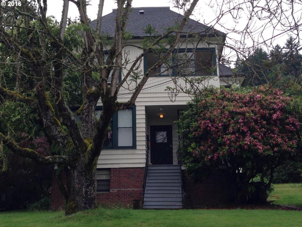 4131 SW View Point Ter, Portland, OR 97239