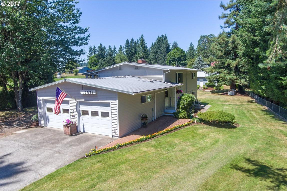 16927 S Holcomb Blvd, Oregon City, OR 97045