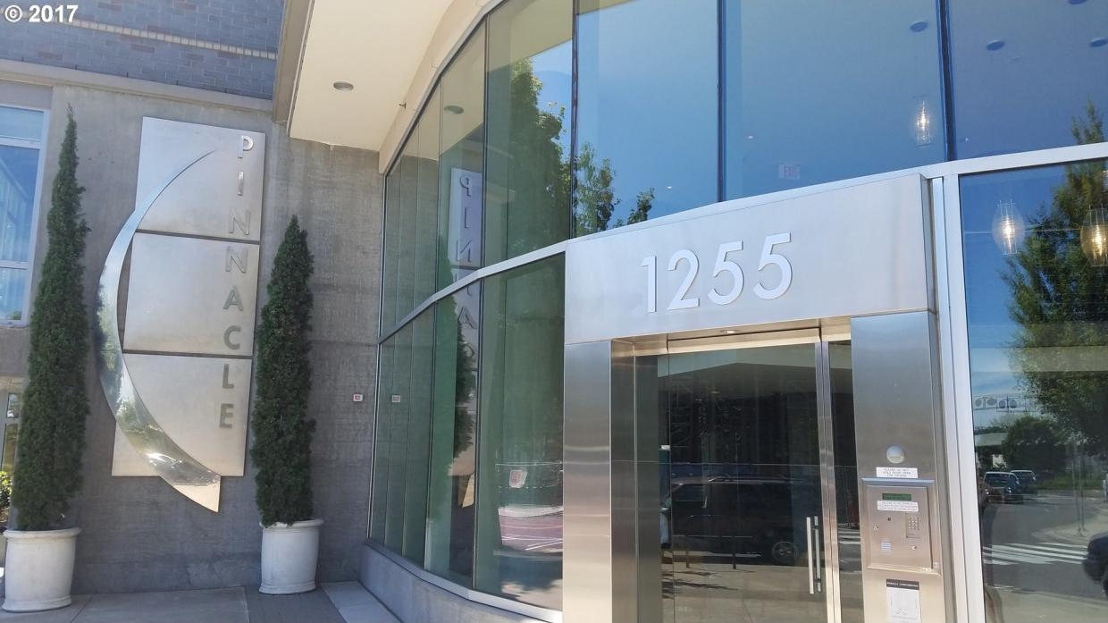 1255 NW 9th Ave #503, Portland, OR 97209