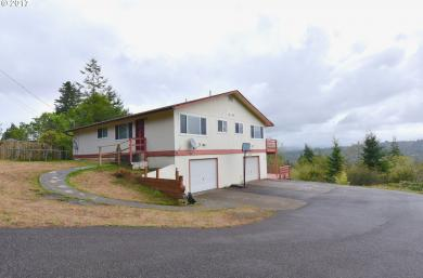 1770 S 22nd, Coos Bay, OR 97420