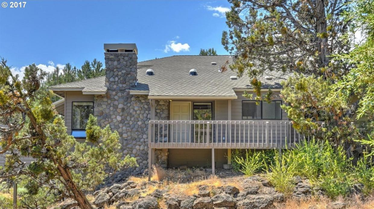 2918 NW Golf Course Dr South, Bend, OR 97701