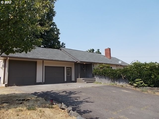 1820 Echo Hollow Rd, Eugene, OR 97402