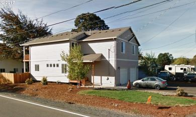 499 S 10th St, St. Helens, OR 97051