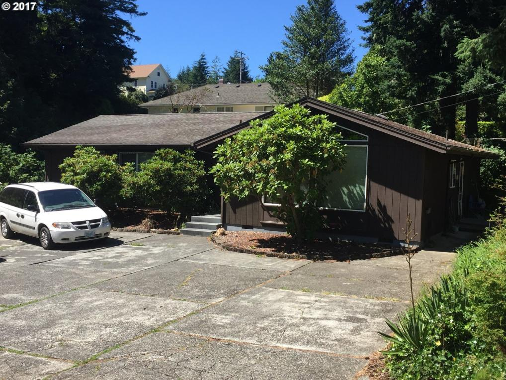 -1 S 11th St, Coos Bay, OR 97420
