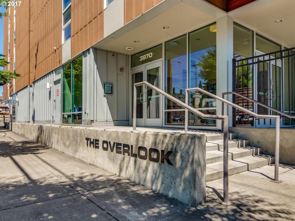 3970 N Interstate Ave #303, Portland, OR 97227