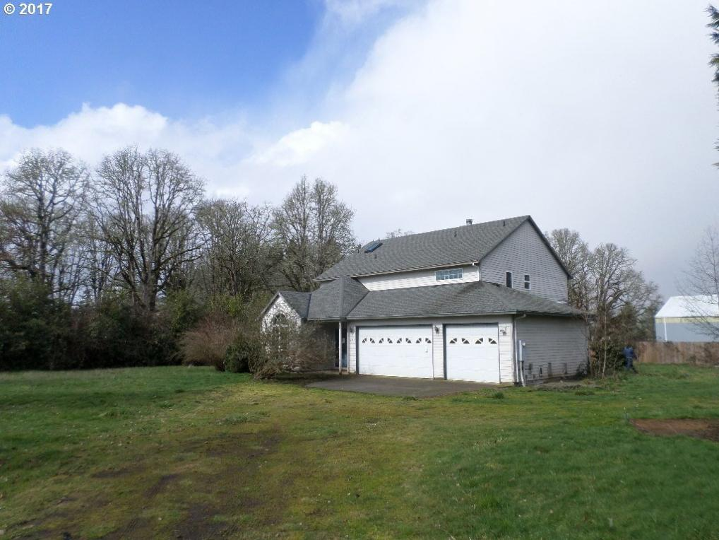 32845 SE Wildcat Mountain Dr, Eagle Creek, OR 97022