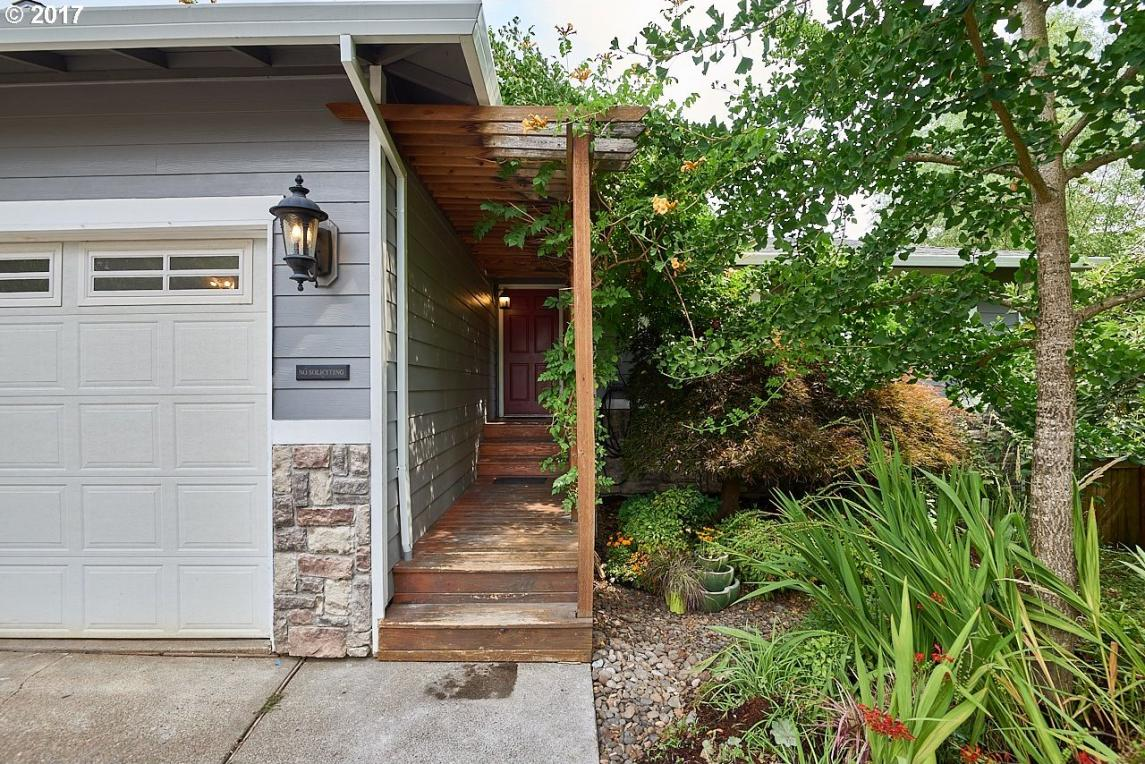 12160 SW 126th Ave, Tigard, OR 97223