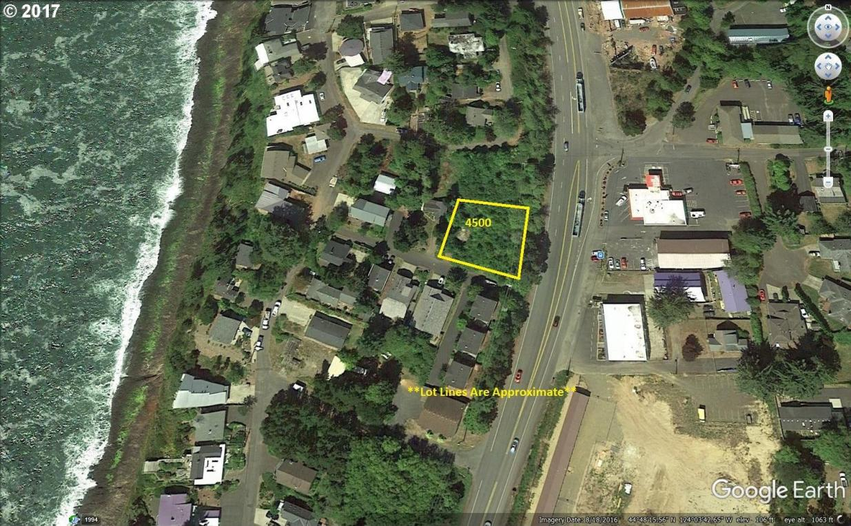 25 SW Johnson St, Depoe Bay, OR 97341