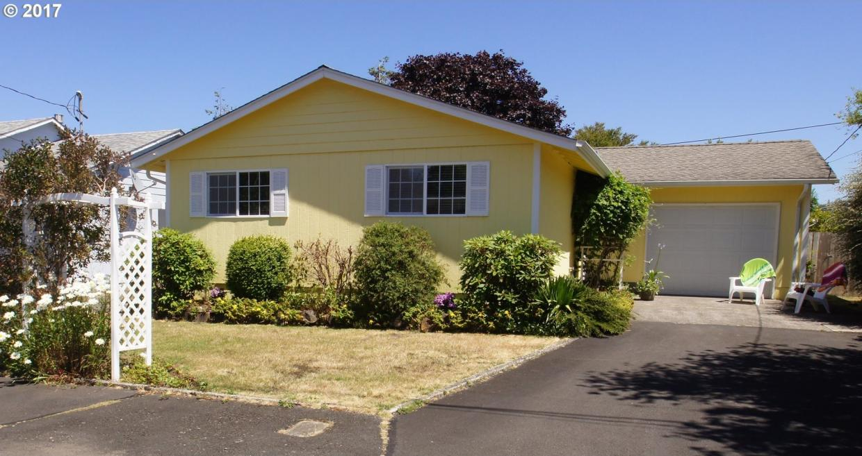 2435 Oregon St, Seaside, OR 97138