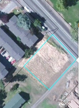 2326 W 10th, The Dalles, OR 97058