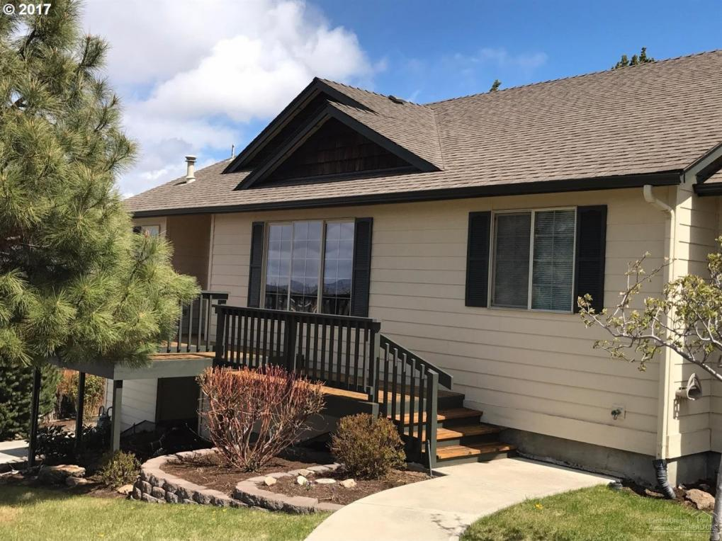 2140 SW 35th Pl, Redmond, OR 97756