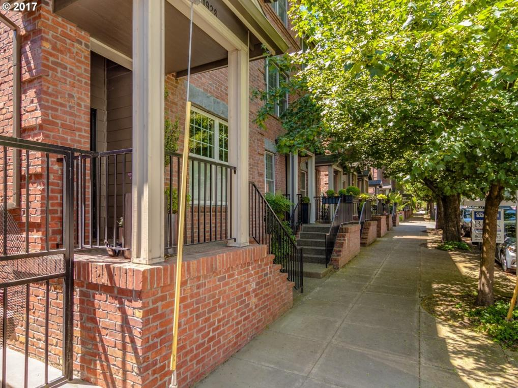 1928 NW Overton St #12, Portland, OR 97209