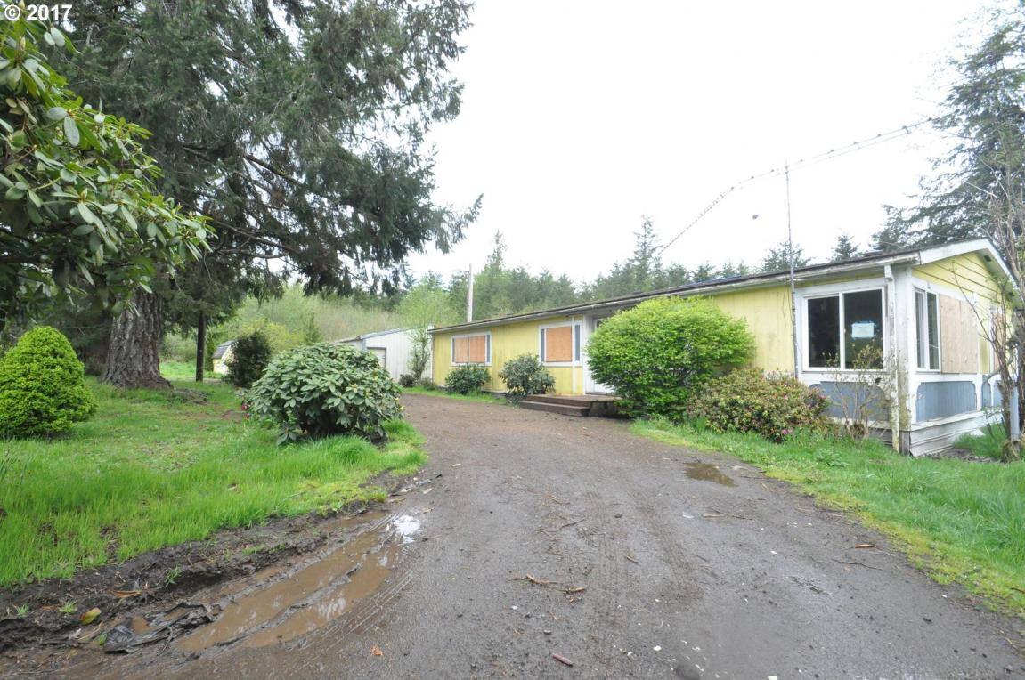 74600 Palm Creek Rd, Clatskanie, OR 97016