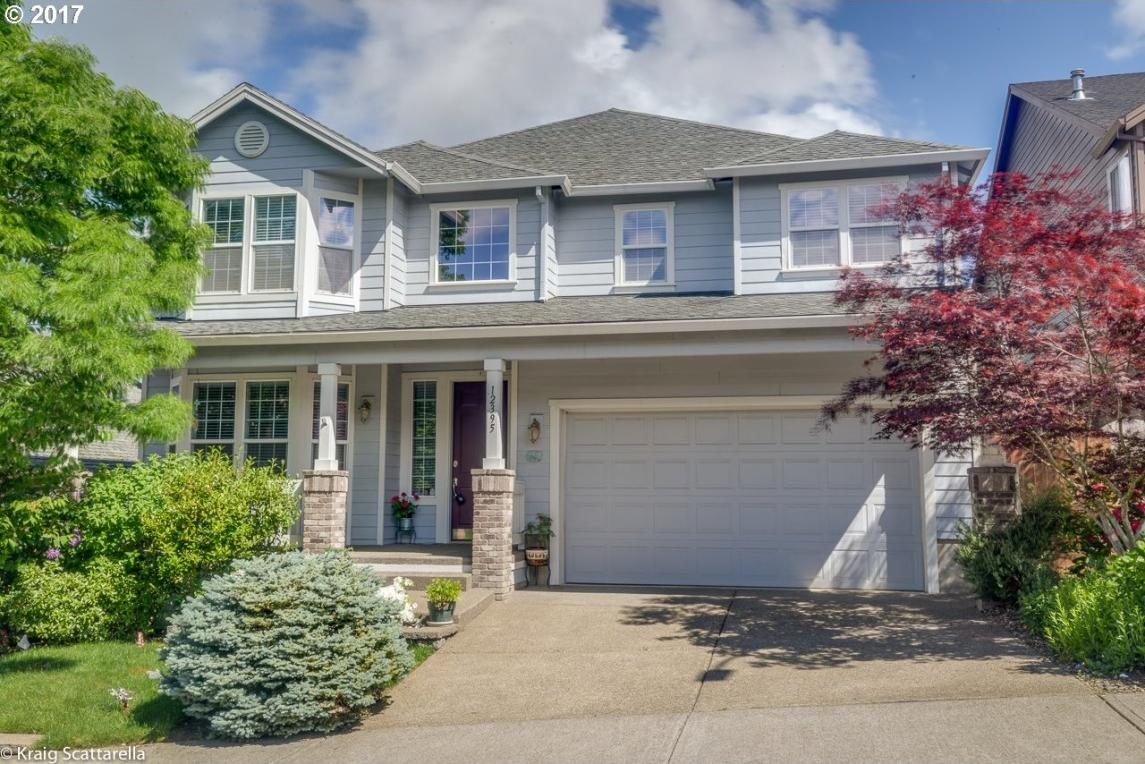 12395 SW Winterview Dr, Tigard, OR 97224