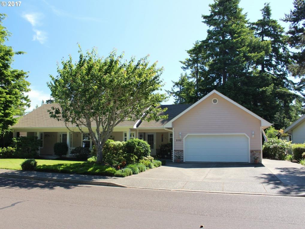2150 Willow St, Florence, OR 97439