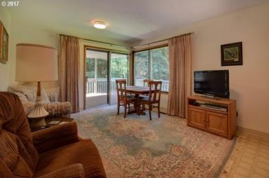 24825 SW Gage Rd, Wilsonville, OR 97070