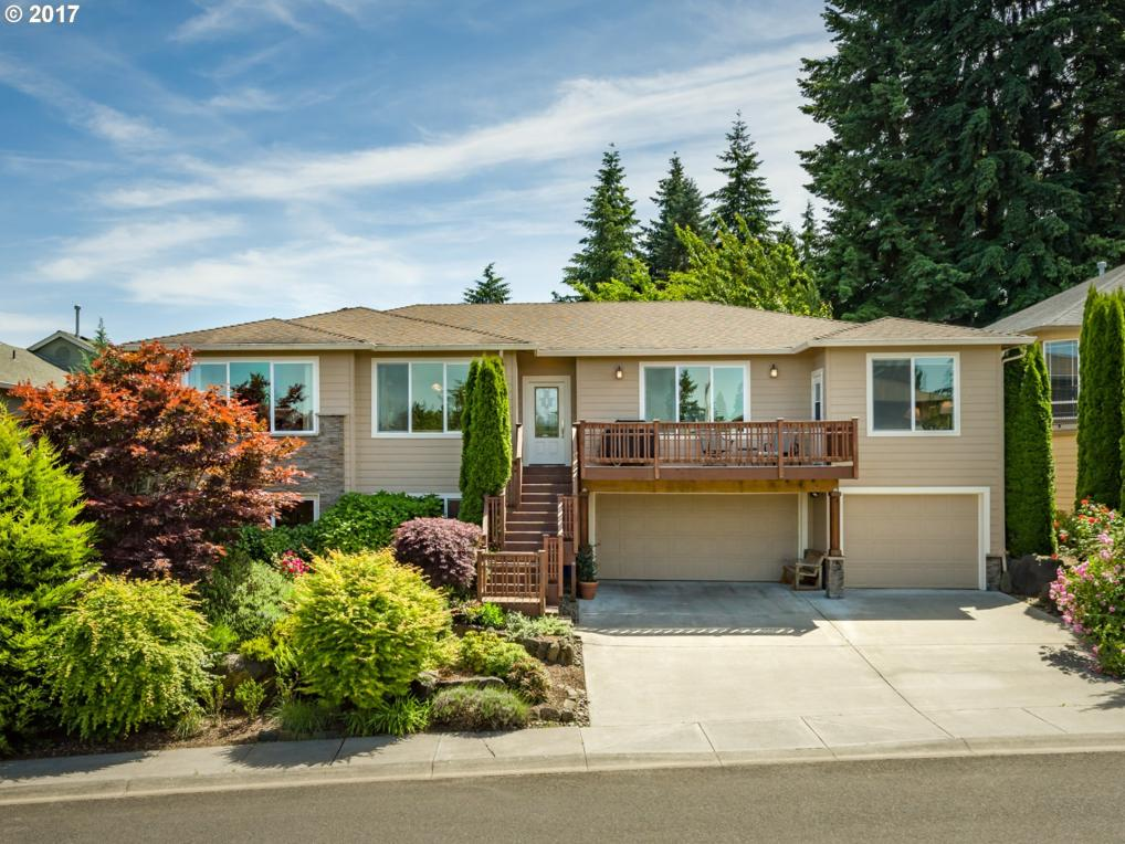 1303 NW 113th St, Vancouver, WA 98685