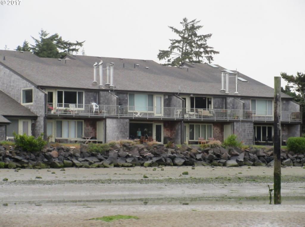 1060 Bay St #5, Florence, OR 97439