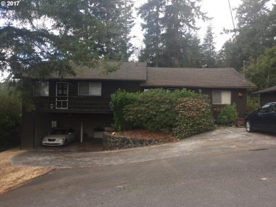 Photo of 957 S 11th St, Coos Bay, OR 97420