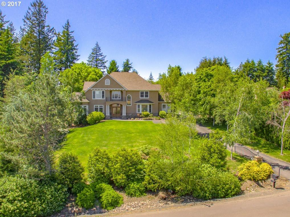 12901 Goodall Rd, Lake Oswego, OR 97034