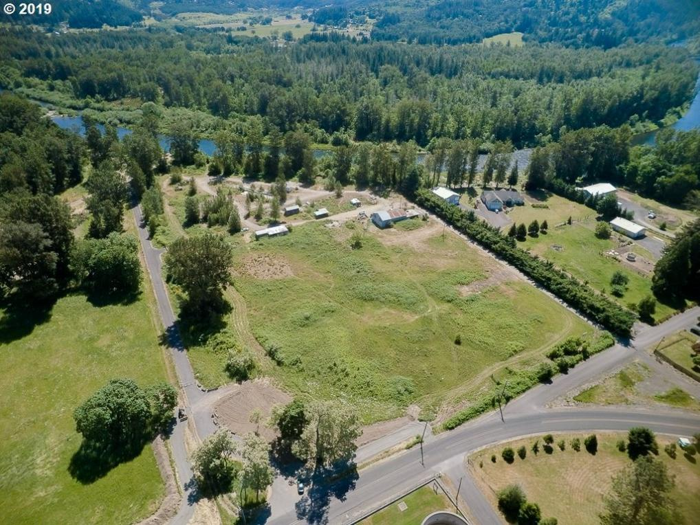 33065 Tennessee Rd, Lebanon, OR 97355