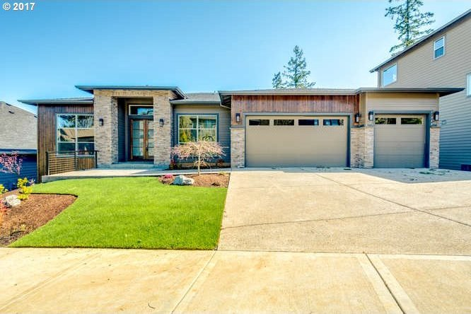 15748 SE Palermo Ave, Happy Valley, OR 97086