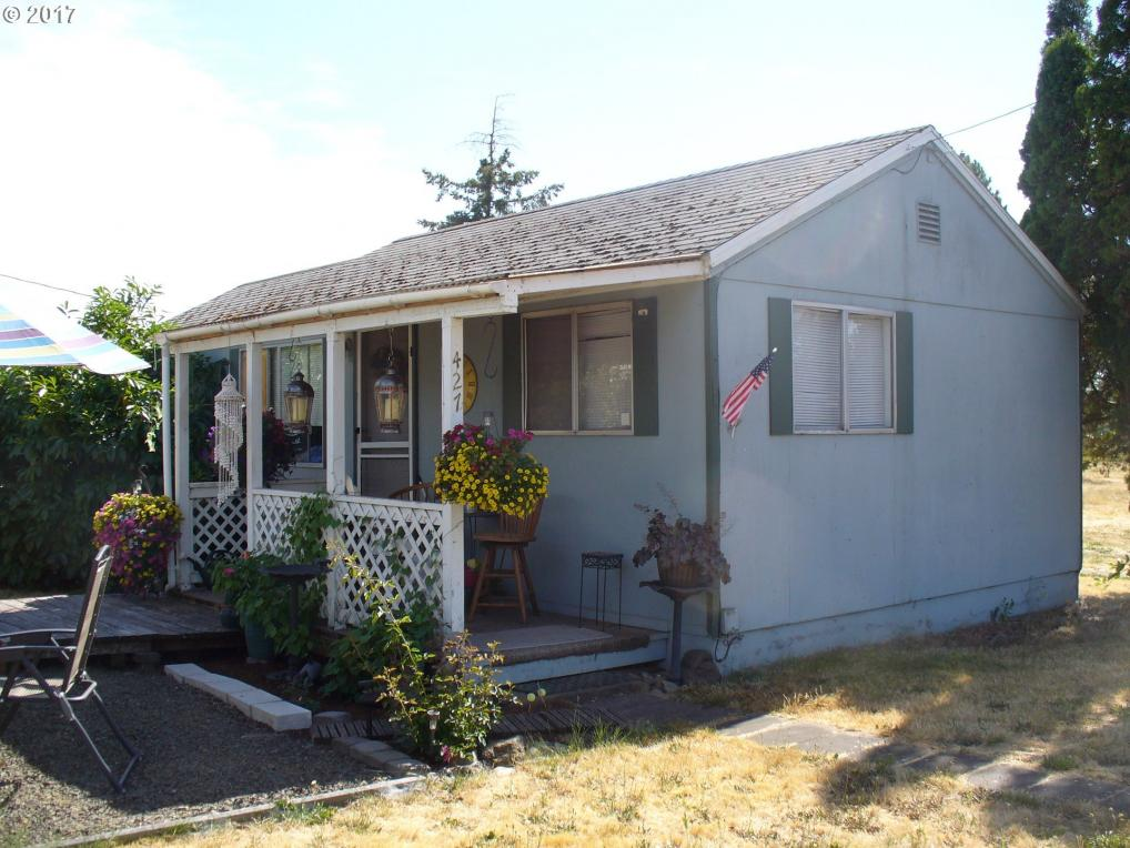 427 E 2nd Ave, Junction City, OR 97448