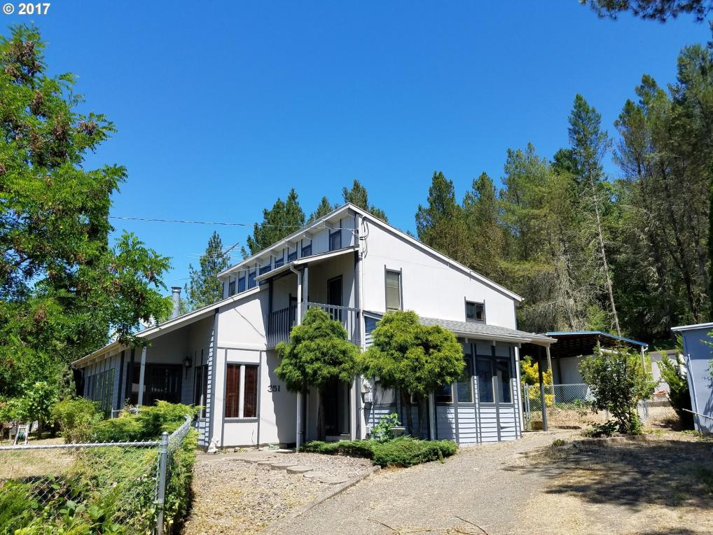 351 Wilbur Cemetery Rd, Winchester, OR 97495