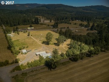 Photo of 46126 E Lyons Mill City Dr, Lyons, OR 97358