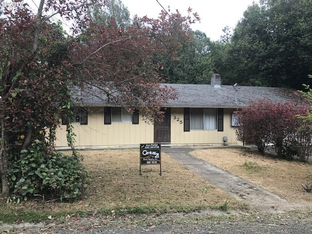 325 S Henry, Coquille, OR 97423