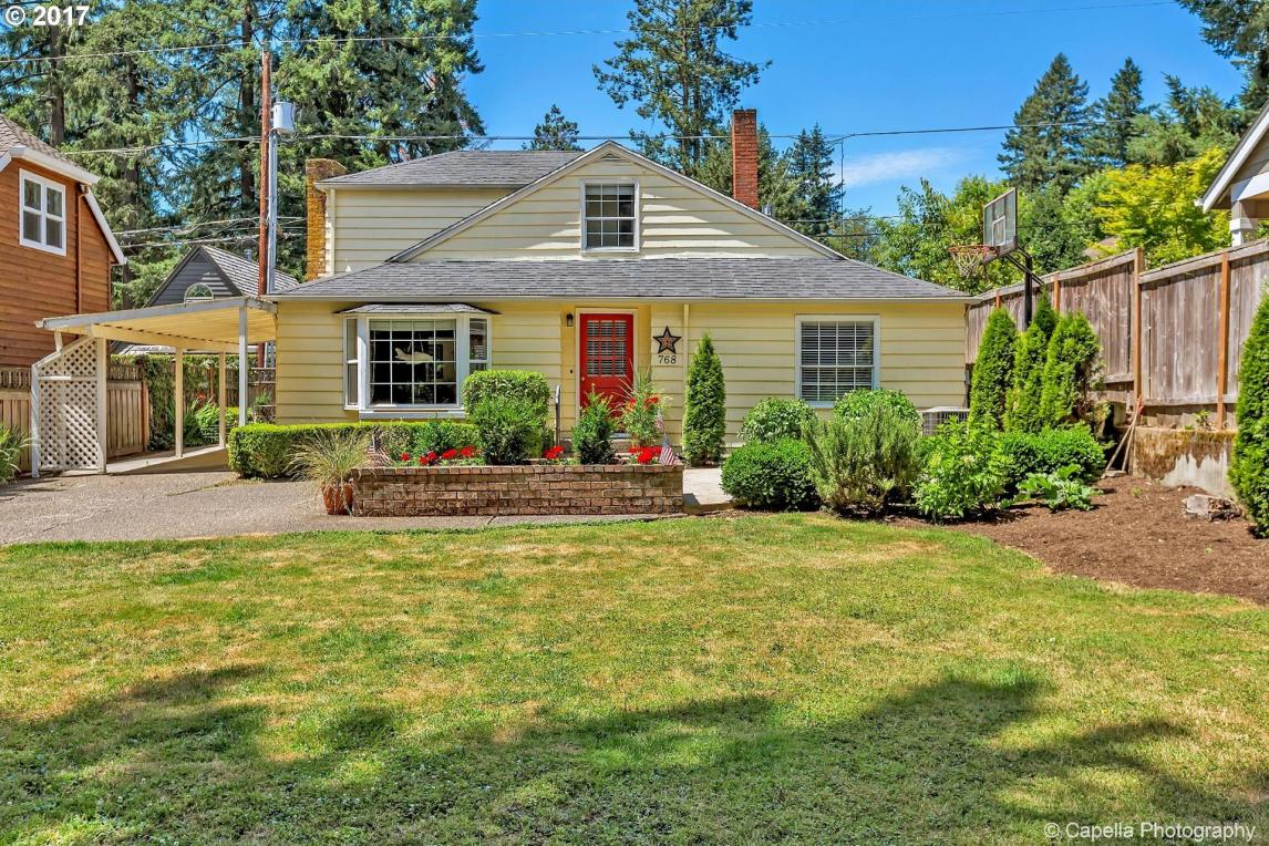 768 7th St, Lake Oswego, OR 97034