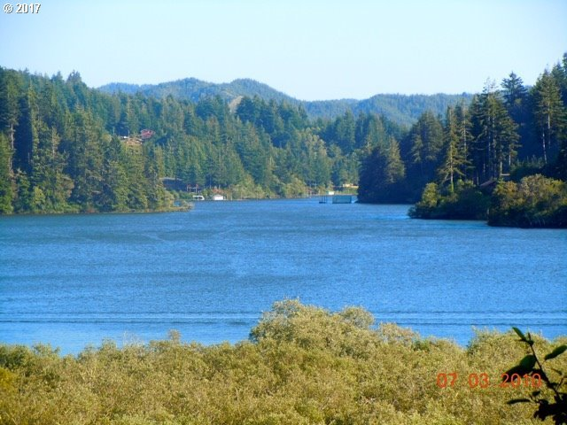Council Hill Way, Lakeside, OR 97449