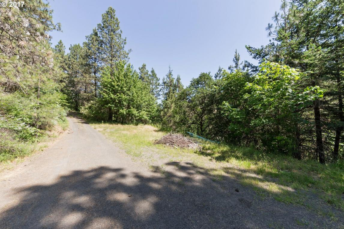 Huskey Rd, Mosier, OR 97040