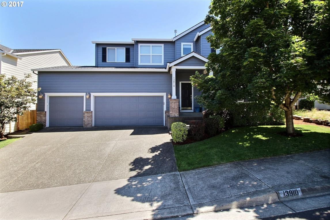 13910 SW 163rd Ter, Tigard, OR 97223
