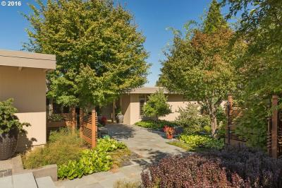 Photo of 4110 SW Patrick Pl, Portland, OR 97239