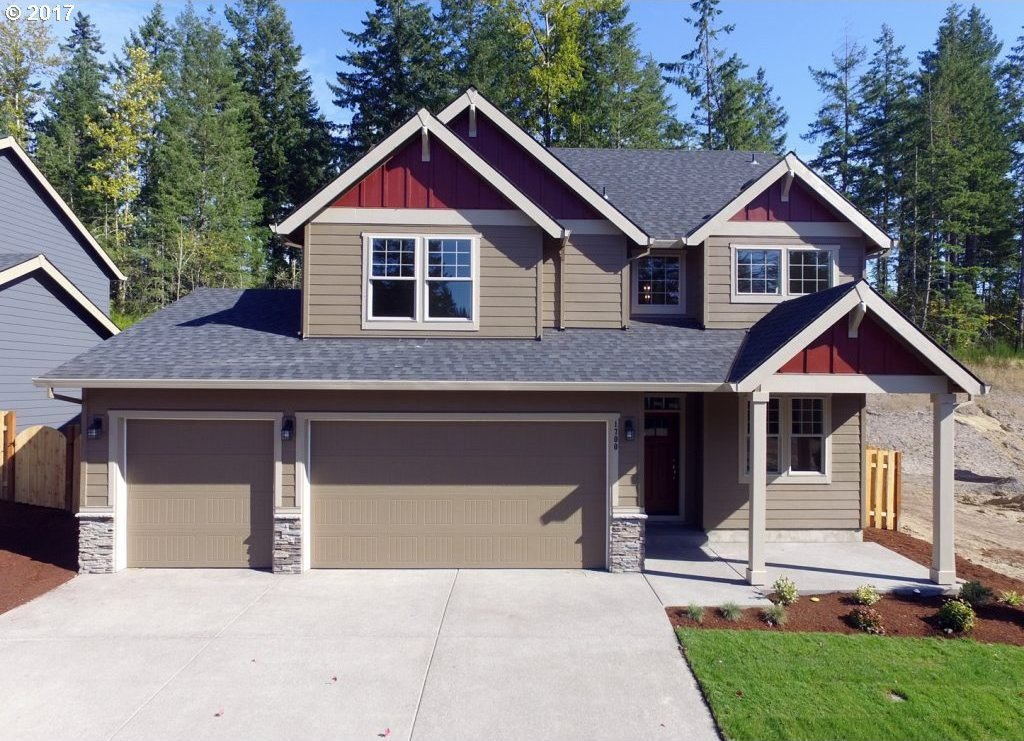 1700 NE Currin Creek Dr, Estacada, OR 97023