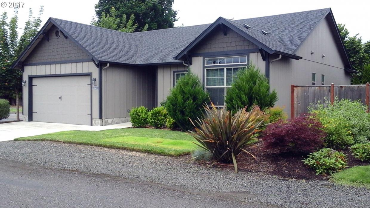 5540 High Banks Rd, Springfield, OR 97478