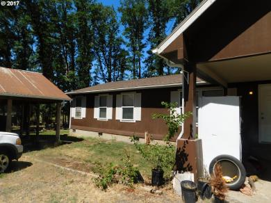 30737 SE Jackknife Rd, Eagle Creek, OR 97022